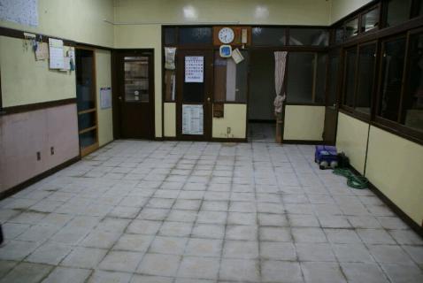 DSC06828職員室