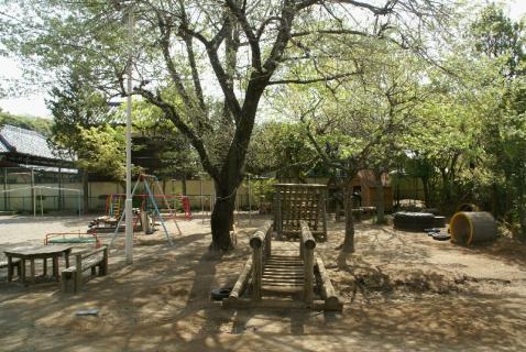 DSC07014園庭3