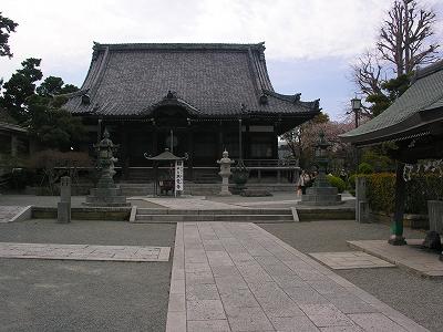本覚寺境内20090404