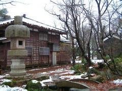 初雪の越路もみじ園_01
