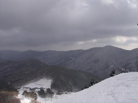 立山コースのリフトから…