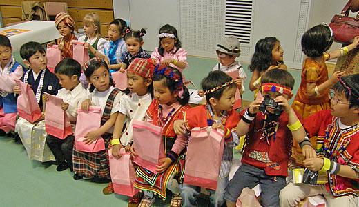 カナディアン アカデミー Food & Fan Fair2009-2