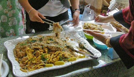 カナディアン アカデミー Food & Fan Fair2009-4