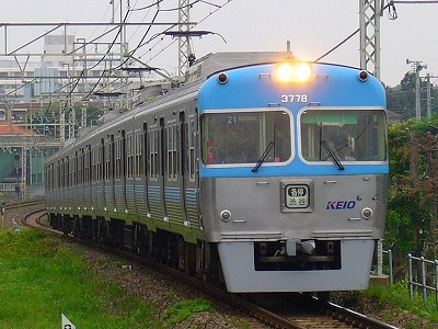 21 3728F 各停渋谷行