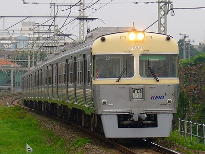 22 3723F 各停渋谷行