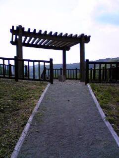 大松川ダムの展望台へ