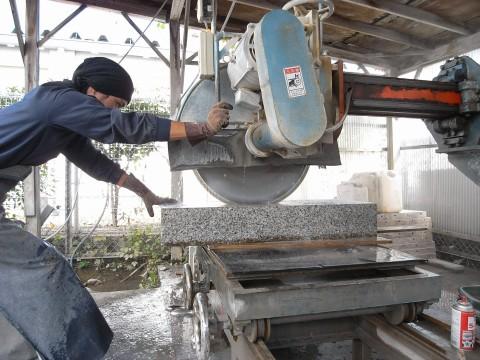石切の作業