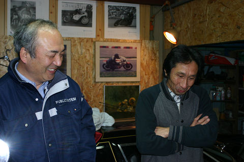 アゴスリーニさん(左)と師