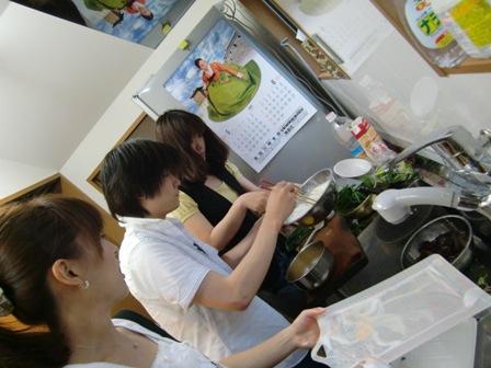 料理作り?