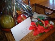 Hotel Bora Bora のウエルカムフルーツと手紙