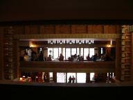 帝国ホテル中二階から玄関方向 - 明治村
