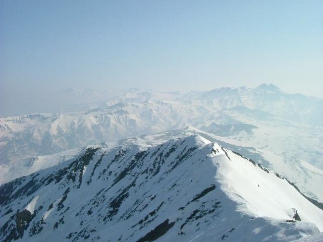 山頂からトムラウシ方面