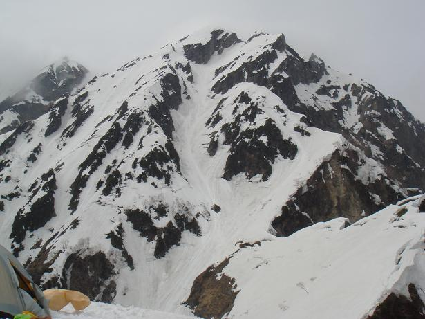 二の沢頭から第一岩峰-1