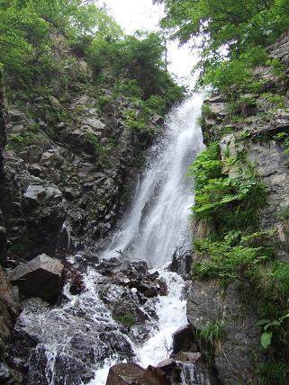 本流の滝2-1