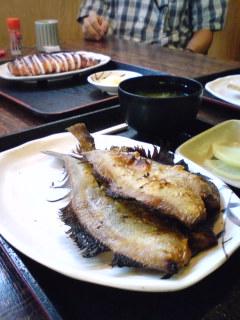 焼きイカと焼き魚定食