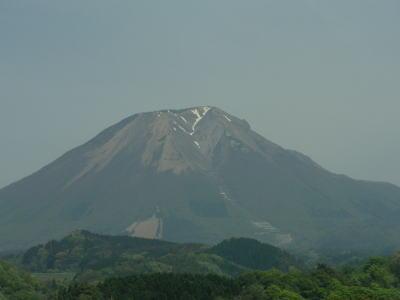 大山(車窓から)