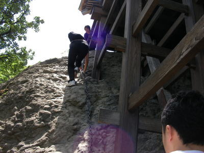 三徳山三佛寺-くさり坂