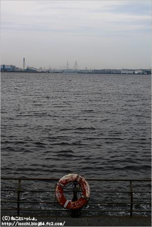 横浜の海。