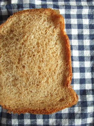 黒糖とバナナのパン