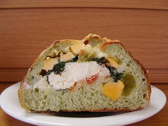 輪粉 チーズいっぱいほうれん草2