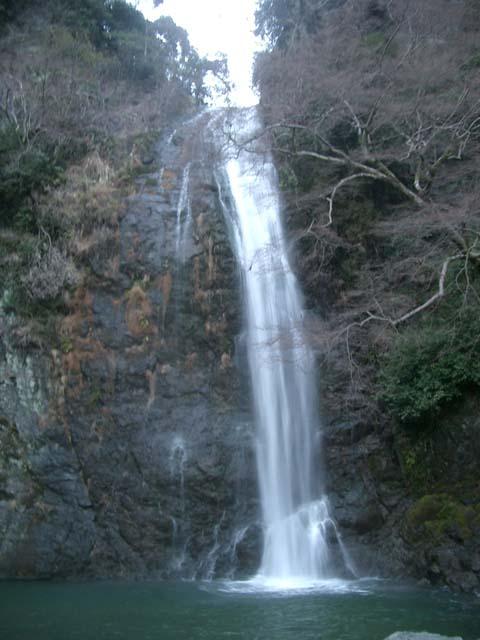 箕面の滝、初めて見ました