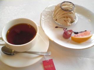 神戸紅茶とモンブラン
