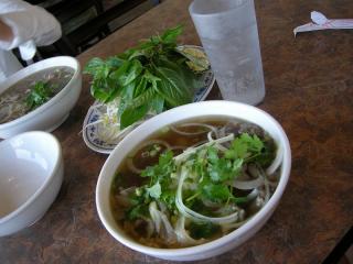 pho hong long