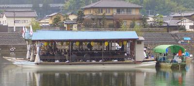 夏の到来を味わう祭、日田川開き観光祭と屋形舟