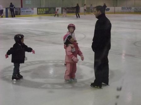 Ice skate2 011