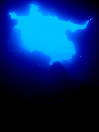 宮古島 サンゴホール