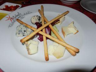 BEキャンティ チーズ盛り合わせ 夜