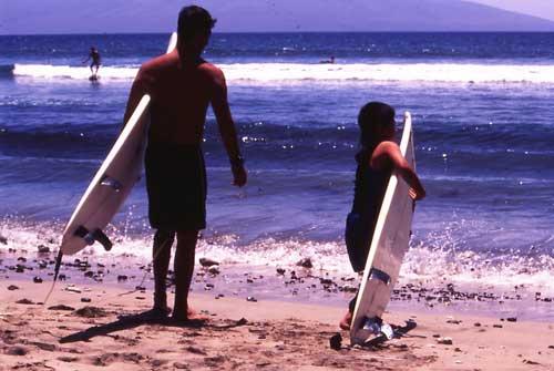 kazuma-hiro-surf.jpg