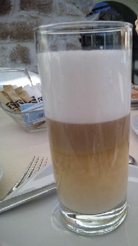 sardegna breakfast lanthia cappccino