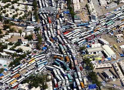 渋滞しすぎ