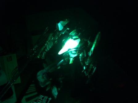 ゼーガペイン発光暗