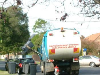 garbage truck2
