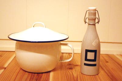 バケツと洗剤瓶