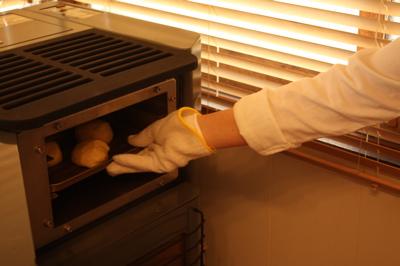 ペレットストーブでパン