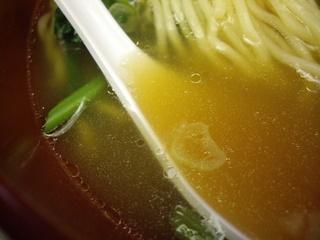 万世パーコーメン有楽町店 排骨拉麺(スープ)