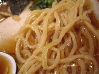 小田原城下らーめん宿場町 喜多方らーめん 一新 醤油らー麺(麺)