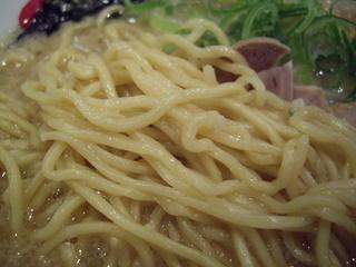 野方ホープ野方本店 ラーメン(麺)