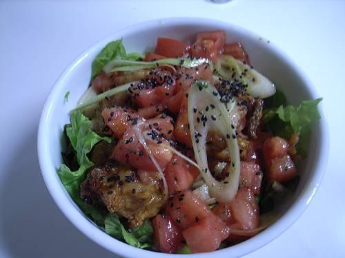 若鶏の唐揚げとフレッシュトマト丼ナンプラー風味-s