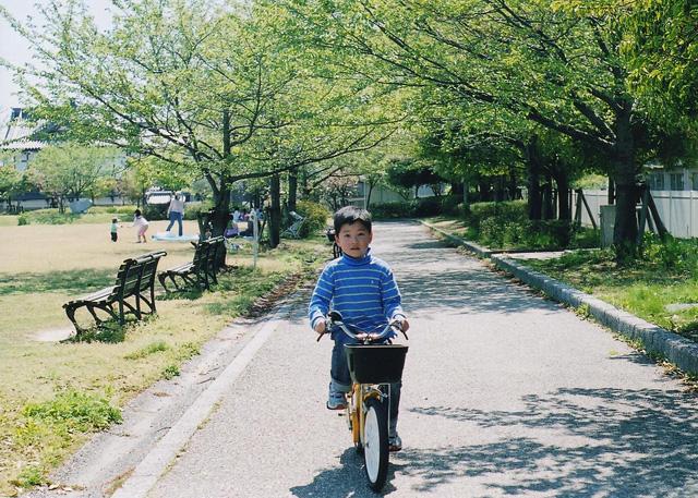 自転車こいで。
