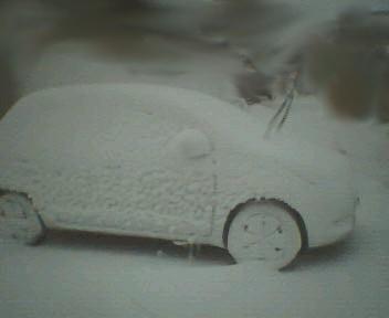 車の雪像(ぉ