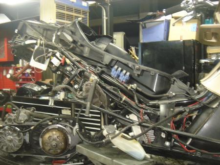 MF08 エンジン修理2