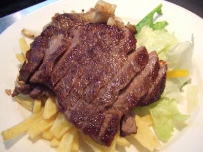 黒毛和牛リブロース(A5)グリル・黒醋マスタードソース