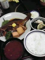 ヒラメの煮魚定食
