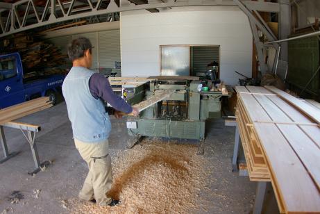 236 材木加工