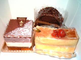 横浜『馬車道十番館』のケーキ