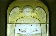 ラリック作:サン・ニケーズ教会のステンドグラス